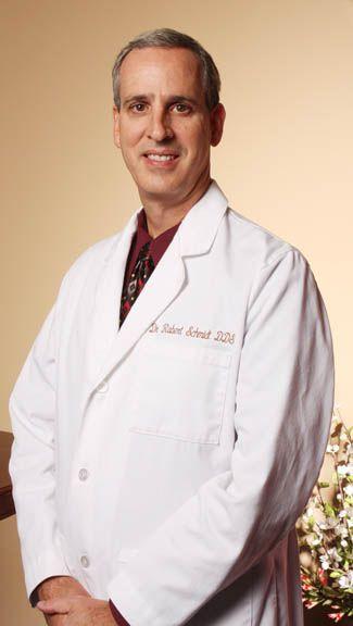 Dr. Robert Schmidt